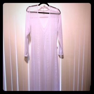 Maxi White mesh coverup